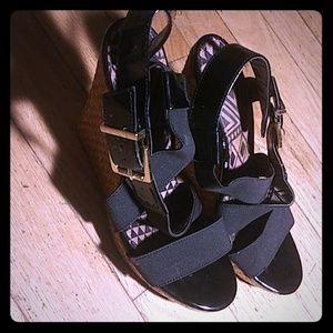 High heel gold wedges